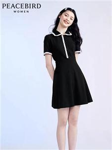 太平鸟新款黑色娃娃领连衣裙