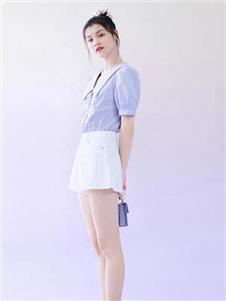 太平鸟女装紫色上衣
