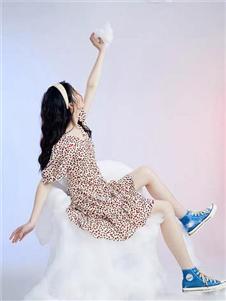 太平鸟女装新款女裙