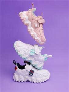 红蜻蜓时尚运动鞋