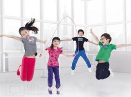 北京:多款儿童服装质量抽检不合格 迪士尼、南极人上榜