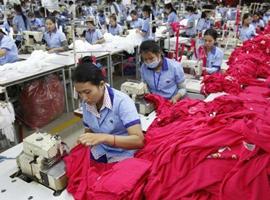 美媒:新冠大流行重创亚洲服装业