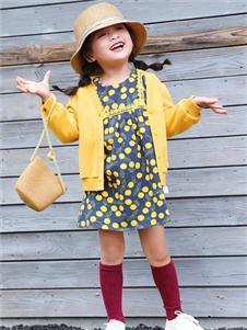 玛玛米雅童装玛玛米雅黄色外套