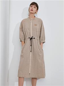 伊布都2020秋衬衫裙