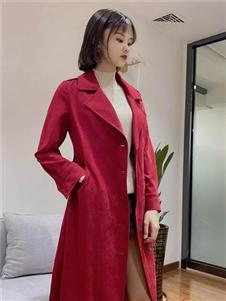 靓漫蒂红色大衣