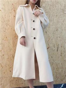 靓漫蒂白色大衣