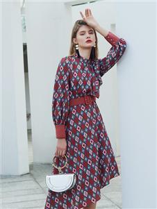 例格女装2020新款连衣裙
