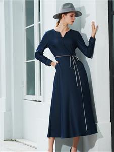 例格女装2020连衣裙