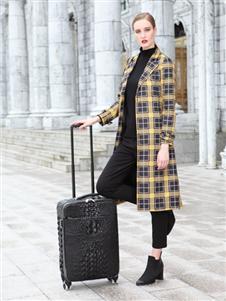卡地亚女装格子外套