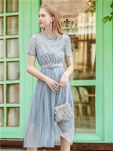 法思莉蓝色纱裙