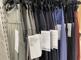 《福布斯》:美国零售业暴跌,时尚业应紧紧抓住天猫