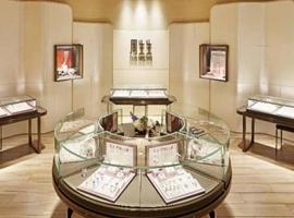 8000亿珠宝产业大变局:古典行业如何跑赢大盘逆势增长?