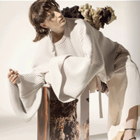 "LEEIROSEY丽芮 | ""重启· 时光""2021' 春装发布会邀请函"