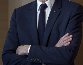 LVMH集团主席参与法国传媒巨头控制权争夺战