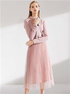 艺梦来女装艺梦来女装粉色套装裙