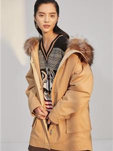 曼娅奴女装秋冬款棉服