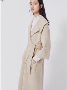 曼娅奴女装秋冬款大衣