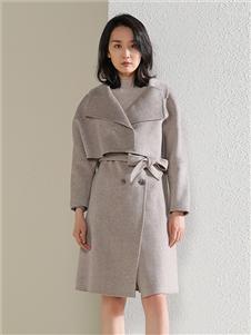 茜纳女装秋冬装毛衣
