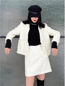 印象主题白色半身裙