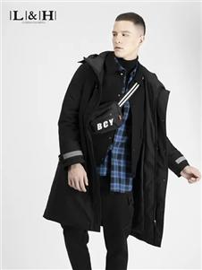 骆豪黑色长外套