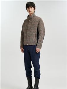 速写男装速写短款大衣
