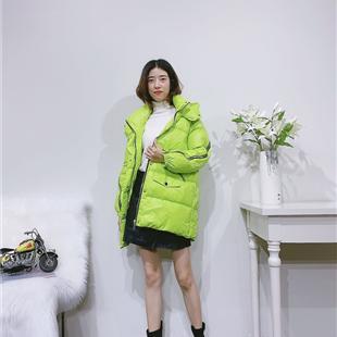 供應2020冬superm潮牌女裝加絨衛衣褲深圳寶安