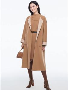 芭蒂娜女装新款驼色大衣