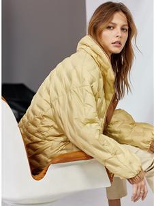 欧时力女装新款黄色羽绒服