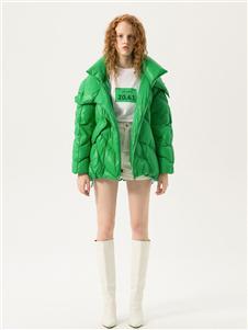 埃文女装新款绿色羽绒服