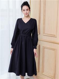艾诺绮新款黑色连衣裙