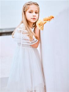 暇步士童装暇步士新款白色连衣裙