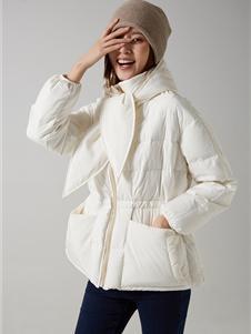那禾女装新款白色羽绒服