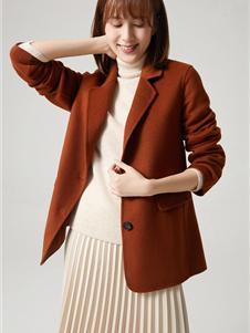 那禾女装新款红棕短款大衣