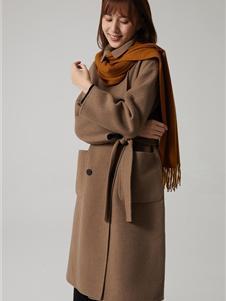 那禾女装新款咖色大衣