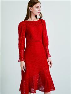 简约风情红色修身连衣裙