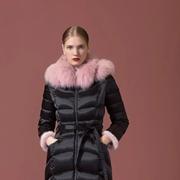 SUSSI古色:选对羽绒,这个冬天美而不臃
