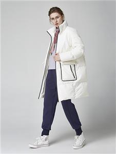 墨曲女装墨曲女装新款白色羽绒服
