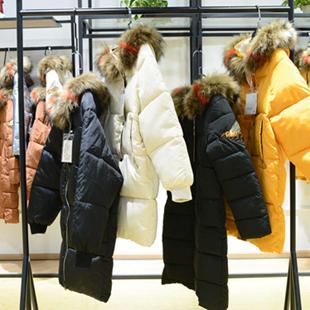 武汉有哪里可以找到女装货源?爱弗瑞女装优质品质深受喜爱