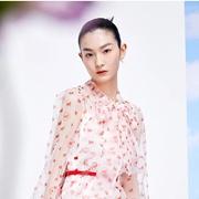 KAXIWEN佧茜文:胶囊衣橱,专供新年的优雅