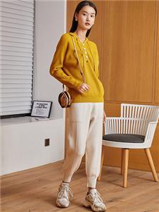 蔓诺蒂女装黄色针织衫