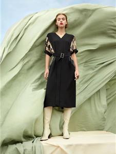 芮玛女装2021新款V领连衣裙