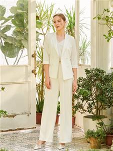 贝洛安女装贝洛安2021春夏款白色西装