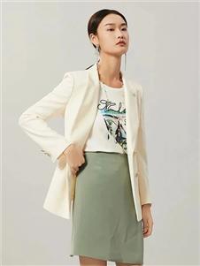 迪图2021春款白色外套