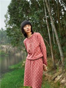 易菲2021春款粉红套装