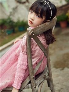 M童装女童粉色连衣裙