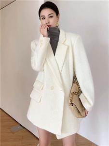 珂希莉新款时尚大衣