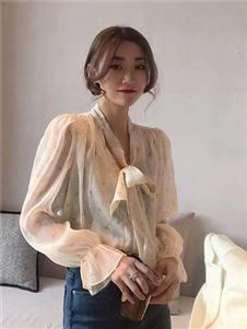 桔尚女装桔尚女装21春真丝泡泡袖衬衫