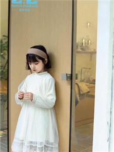 童年永恒女童长袖连衣裙
