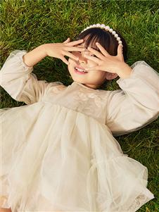 小猪班纳女童连衣裙21新款