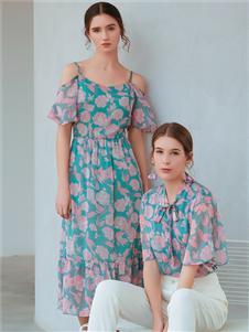 金蝶茜妮时尚印花裙